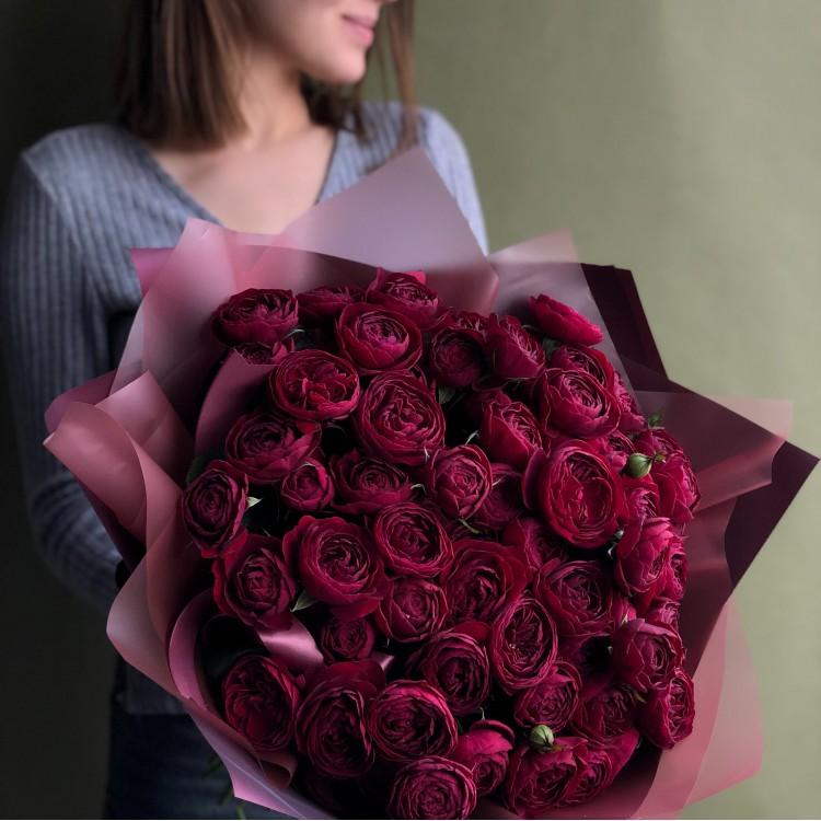 Розы кустовые пионовидные Руби Джем