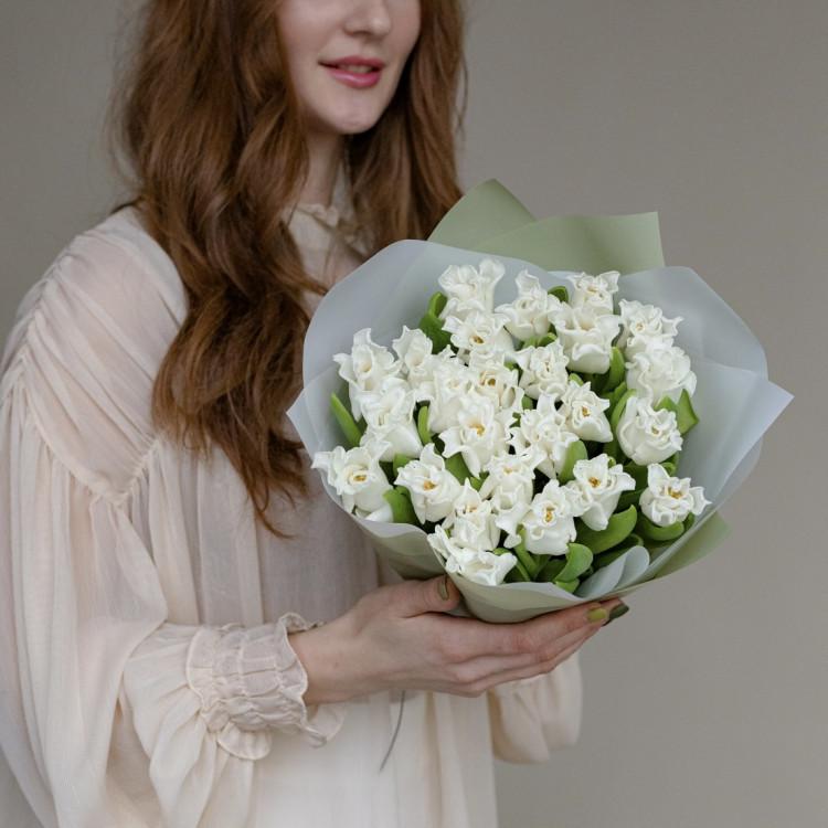 Тюльпаны белые резные