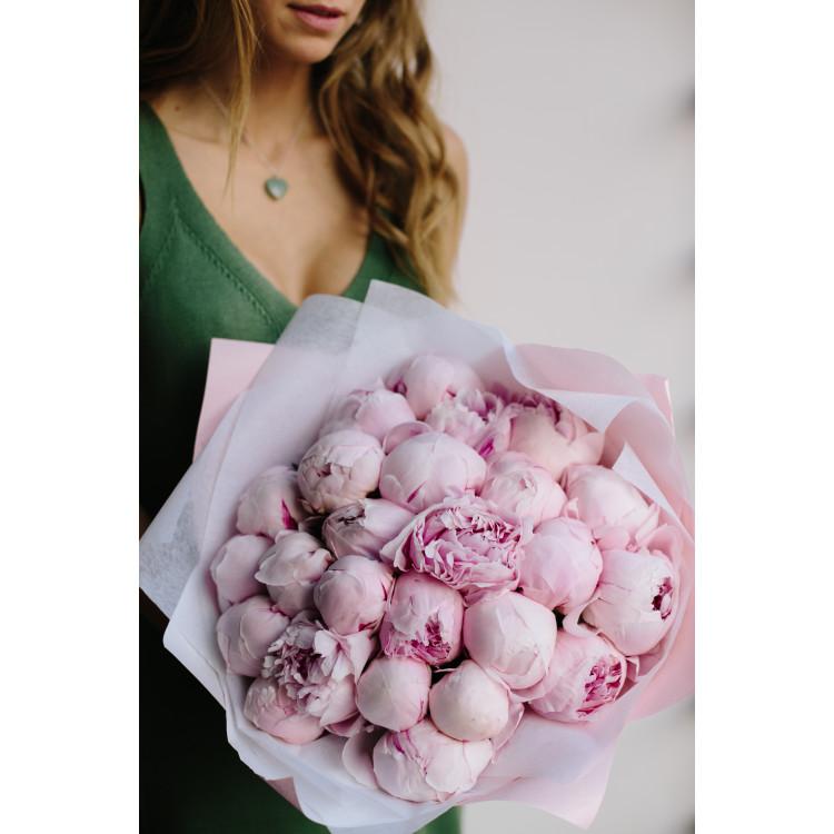 Пионы нежно-розовые